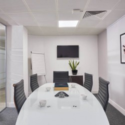 Incspaces. The property at 107 Leadenhall Street offers professional meeting rooms for businesses to hold meetings with their clients away from their serviced office space.