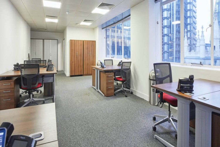 Incspaces. The property at 107 Leadenhall Street offers serviced office space for rent to accommodate teams of up to 100 staff.