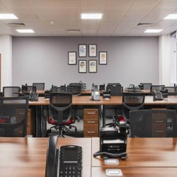 Incspaces. The property at 107 Leadenhall Street offers serviced offices to rent on flexible terms, whether you are a team of 4 or 50.