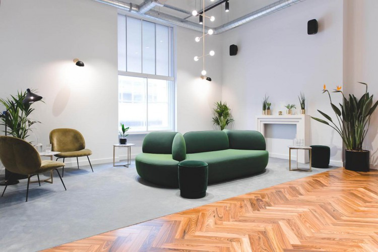 Belle House inside Victoria Station offers private office space, meeting rooms, focus booths and event spaces for businesses who need great transport links.