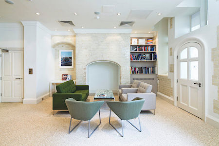 The Office Group provides breakout areas & collaborative space in Green Park House in Mayfair for small to medium business' to use away from their office space.