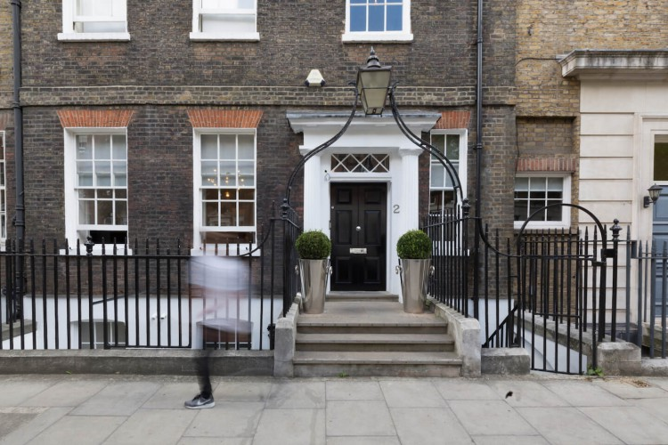Serviced office space in John Street, Holborn offers businesses private flexible workspace to operate from.