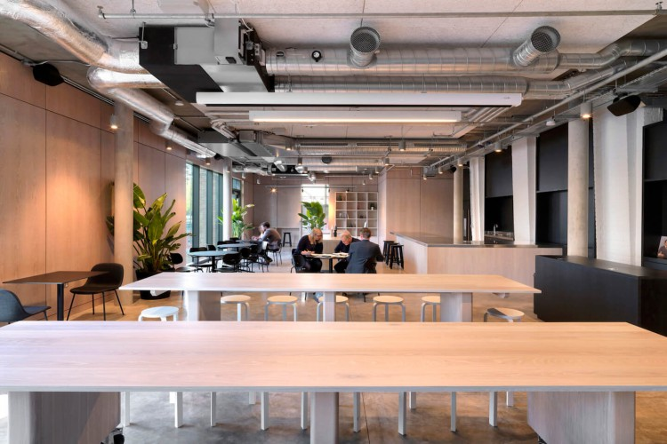 Collaborative workspace for companies to meet and brainstorm ideas for their next product launch at flexible workspace building in Vauxhall - TOG - Tintagel House.