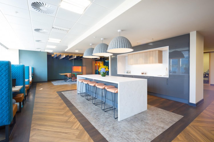 Stylish focus booths and breakout space at this flexible workspace building in Aldgate.