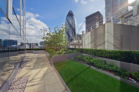 Stunning view from this serviced office building in BIshopsgate, which accommodates small to medium companies.