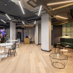 Contemporary breakout and lounge space in this beautiful building on Carter Lane offering serviced office space close to St Pauls, London.