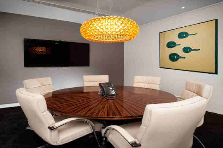 Professional meeting room to hire at the serviced office in Mayfair on Dover Street.