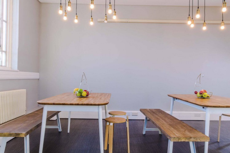 Breakout area for office workers to relax and have informal discussions within this flexible office space in Queens Road, Wimbledon.