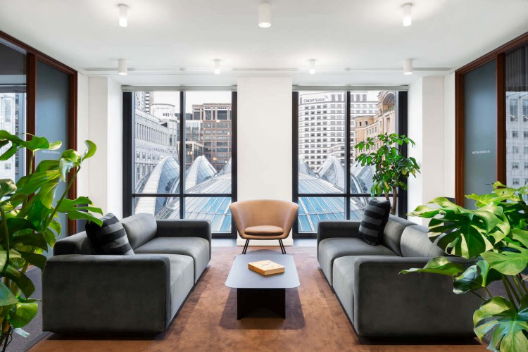 The Office Group provide contemporary, full furnished, break-out spaces in One Canada Sq offering businesses various workspaces outside of their private office space.