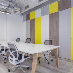 Bespoke, designer furniture and desks provided at the serviced office space at 43 Worship Street, for businesses who need self-contained offices for 30+ staff.