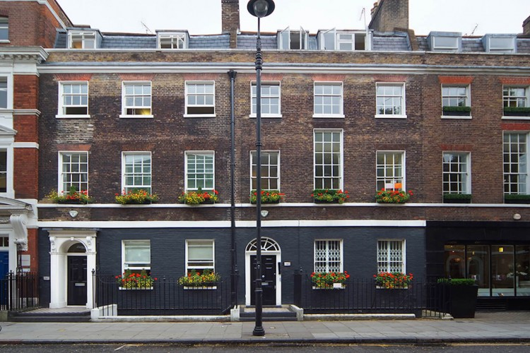 The building exterior of this Flexible Workspace Rental in Percy St, Fitzrovia offering companies a beautiful serviced office to operate from.