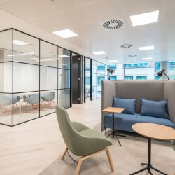 Move Space London offer this quality flexible workspace in Whitfield Street, London. The brilliantly designed breakout space allows businesses to work in an agile way.