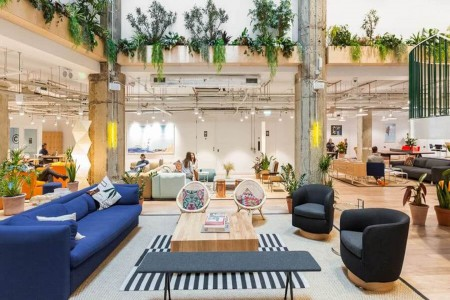Wework's Monument building at 51 Eastcheap, Billingsgate, London EC3M offers beautifully designed collaborative workspace, co-working and private offices that cater to needs of any kind of business.