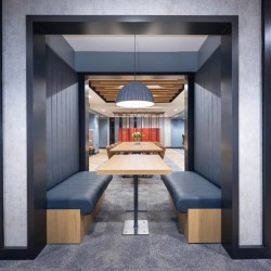 Quiet working area at this office space in Giltspur St, Farringdon, London EC1A 9DD. Recently renovated grade II listed serviced office building for company's to utilise.