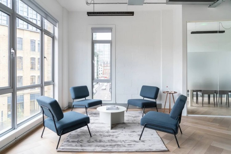 Breakout area for office workers to relax and have informal discussions within this flexible workspace building at 27 Provost St, Shoreditch.