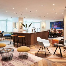 Luxurious business lounge at 44 Southampton Buildings, Chancery Lane. Beaumont Business Centre offers breakout space office workers to work and relax away from their desk.
