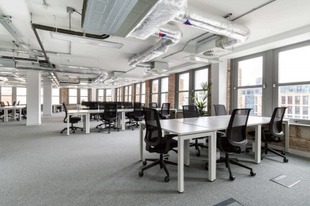 Spaces Farringdon Road provides private offices and coworking spaces to rent.