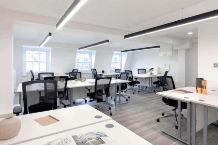 116 Baker Street Self contained Serviced Office 1