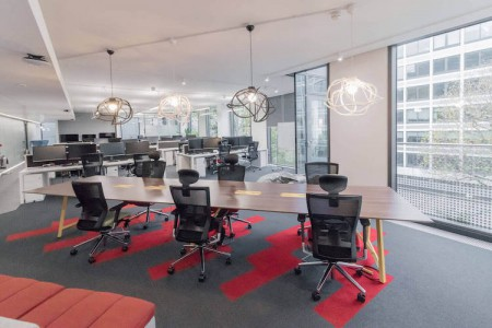 1 Valentine Place is a striking, modern building on the corner of Blackfriars Road offering businesses self-contained flexible workspace who need to accommodate 20 plus staff.