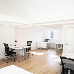 80 Berwick Street offers serviced office space in a period style building for companies less than 20 staff who require flexible office space in the heart of Soho, West End.