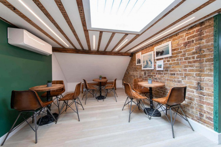 Comfortable breakout area for office occupiers to use at the flexible office building in Duke Street, Mayfair minutes from Bond Street station.