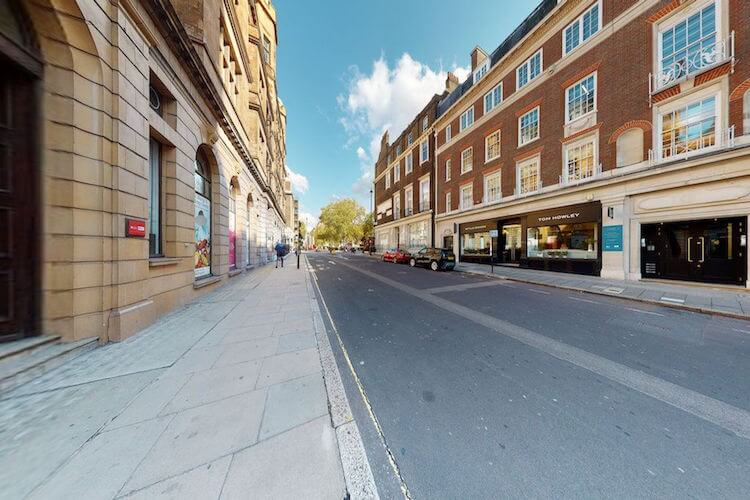 Self-contained managed office property at 8-10 Wigmore Street for companies to rent for their Central London HQ.