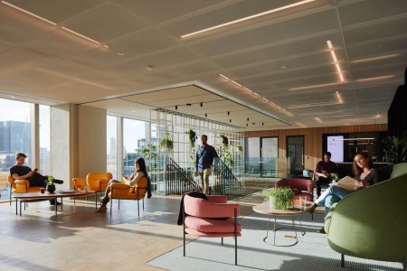 MYO Liverpool Street provides flexible workspace for rent minutes from Liverpool Street station.