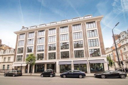 Spaces The Harley Building, private offices and coworking desks to rent near oxford circus.